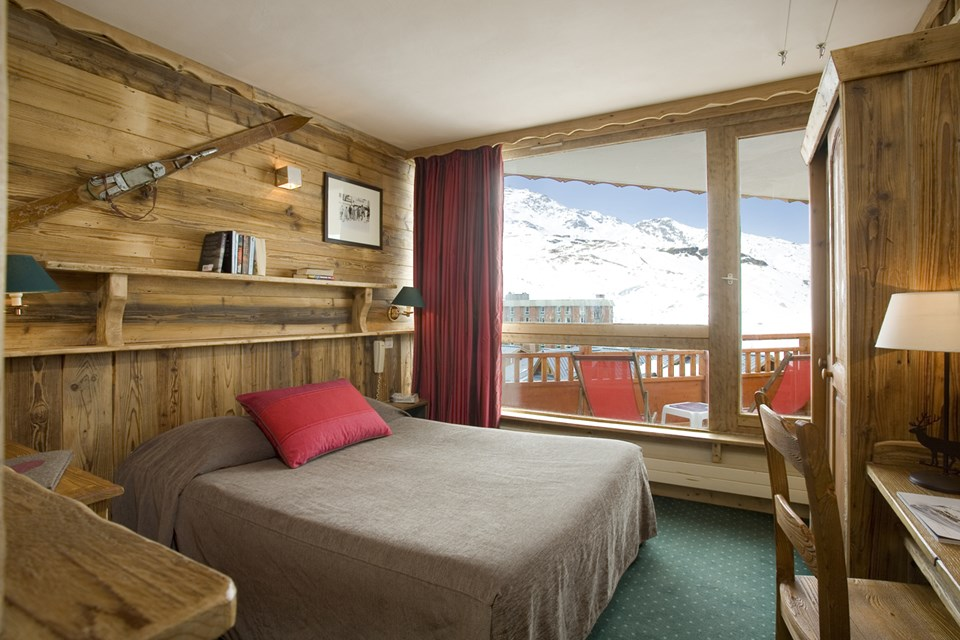 Hotel Les 3 Vallees, Val Thorens (3 Valleys) - Double Bedroom