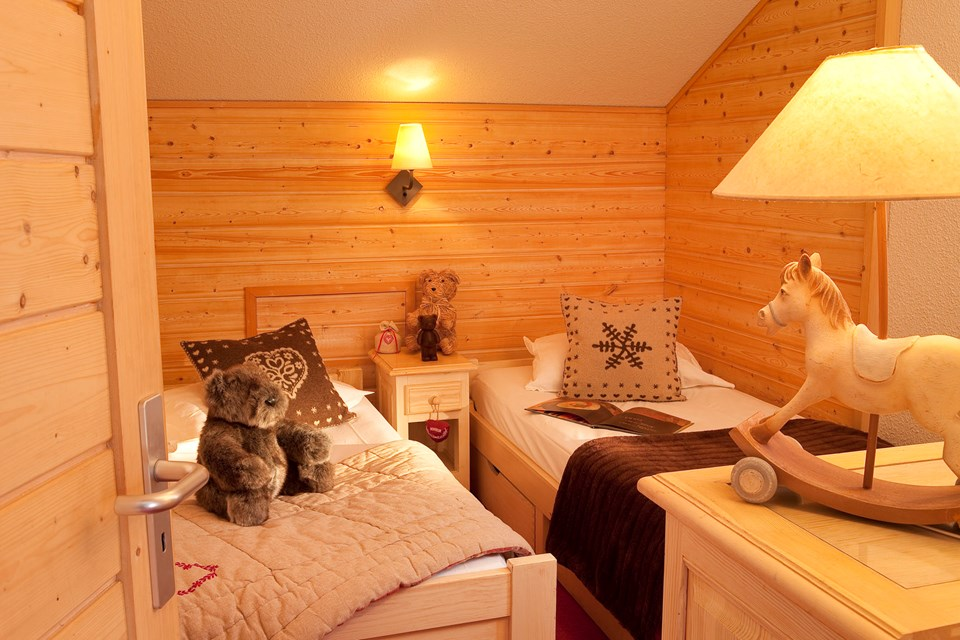 Eureka Val, Val d'Isere (Espace Killy) - Twin Bedroom