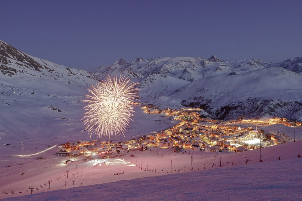 Alpe d'Huez Ski Resort - New Year fireworks