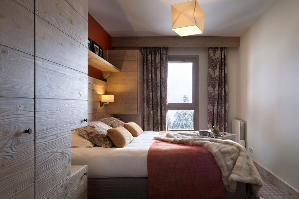 Les Terrasses d'Helios, Flaine (self catered apartment) - Double Bedroom