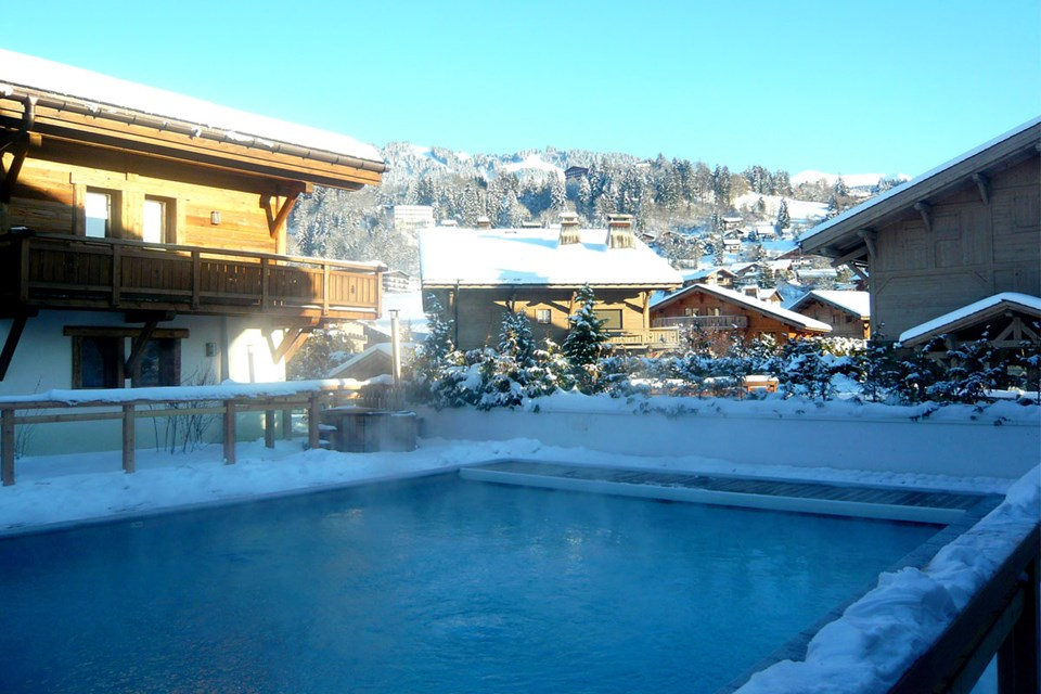 Les Loges Blanches, Megeve (Mont Blanc) - Heated Outdoor Pool