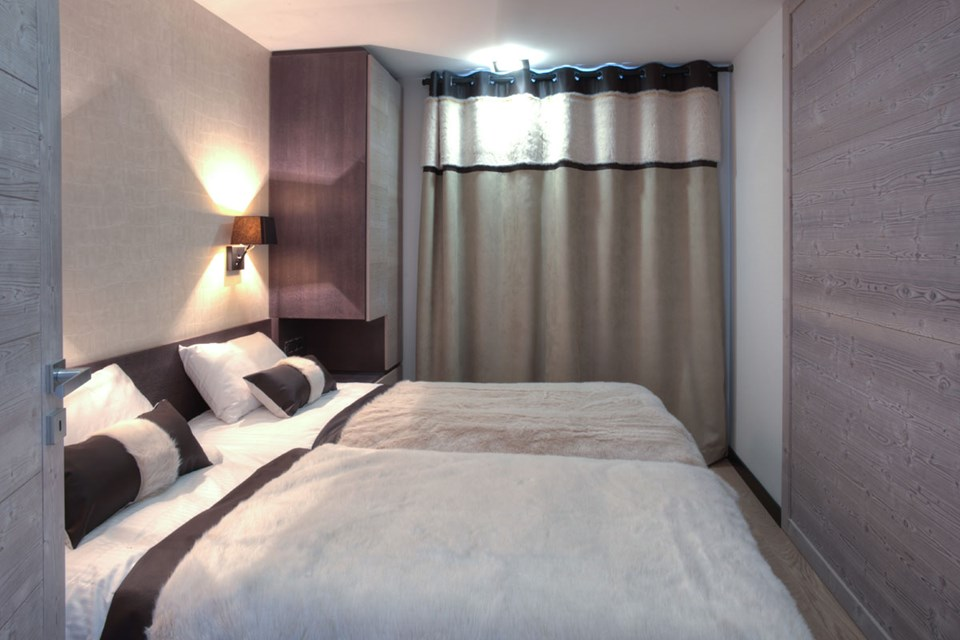 Montana Plein Sud, Val Thorens (3 Valleys) - Twin Bedroom