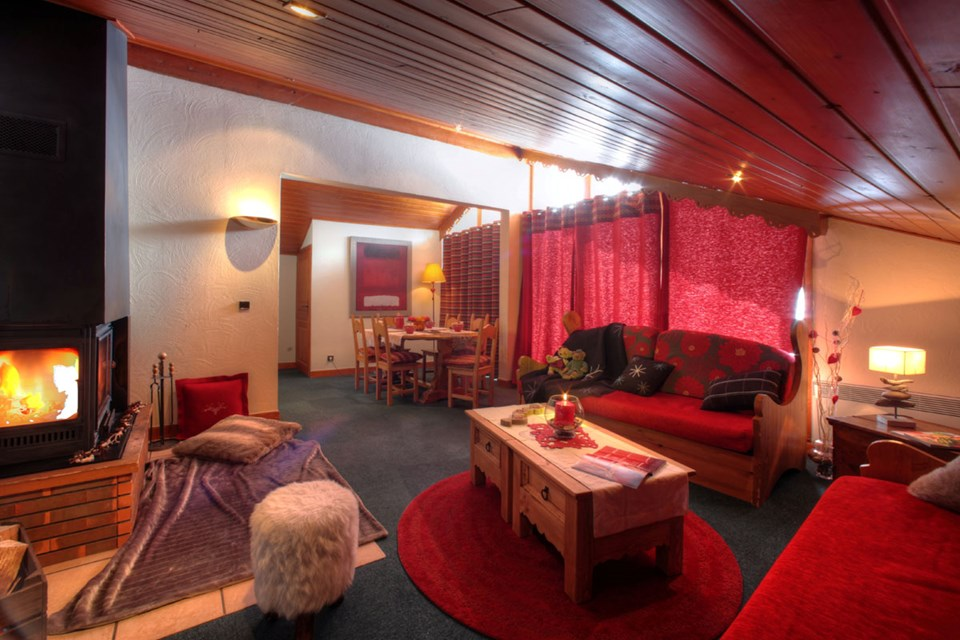 Village Montana, Val Thorens (3 Valleys) - Living Area