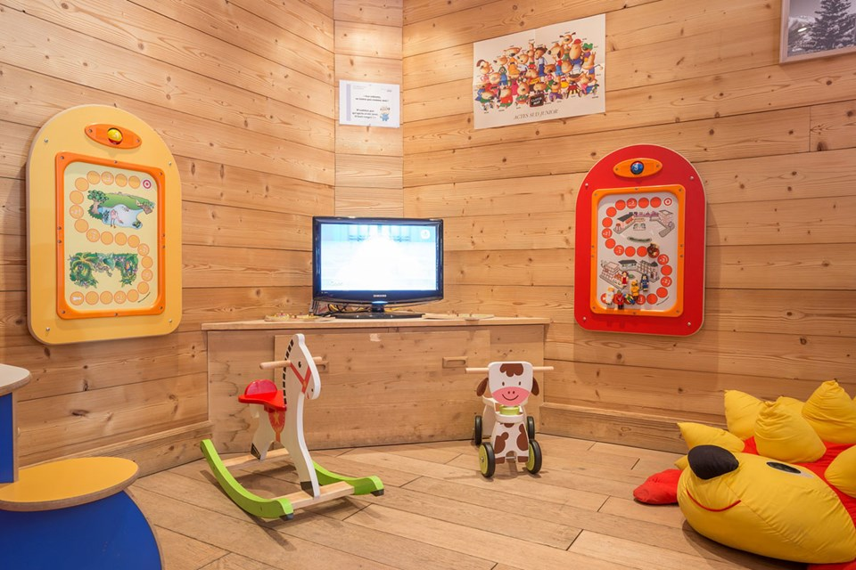 Chalets du Forum, Courchevel (3 Valleys) - Kids Play Area