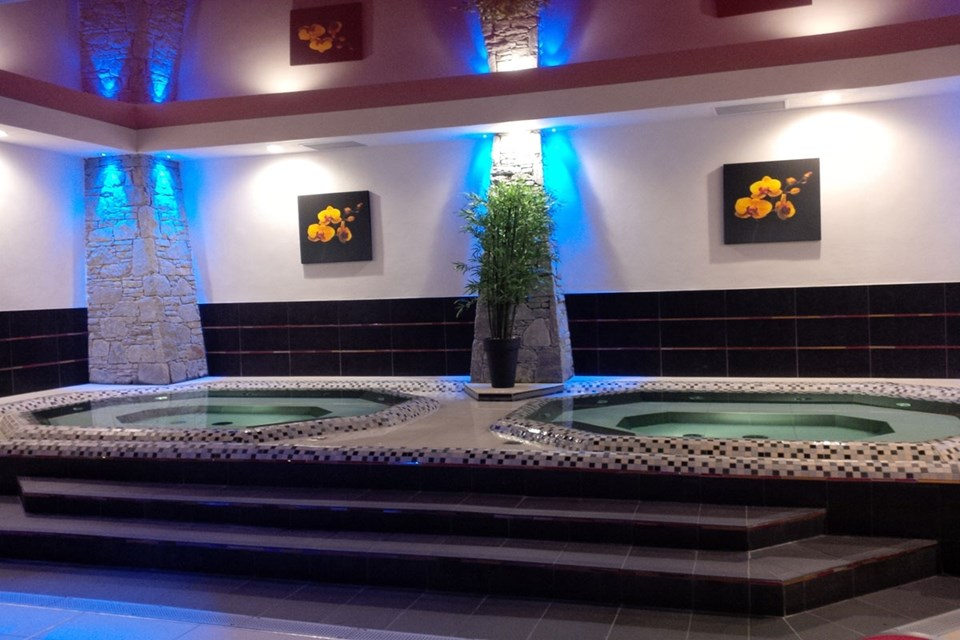 Le Centaure, Flaine (self catered apartments) - Jacuzzis