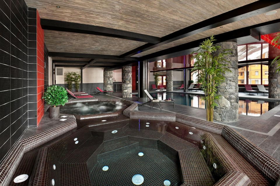 Le Telemark, Tignes le Lac (Espace Killy) - Jacuzzi's and Indoor Pool