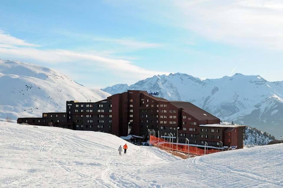 Club Med Alpe d'Huez All Inclusive, Alpe d'Huez - Ski back close to hotel