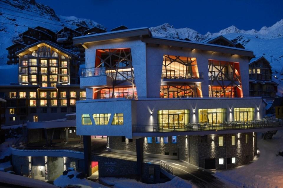 club med val thorens ski hotel ski collection. Black Bedroom Furniture Sets. Home Design Ideas