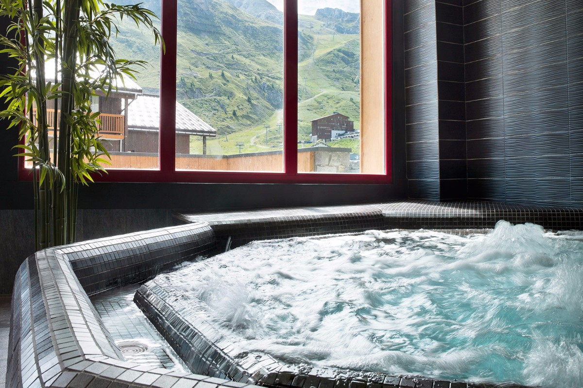Le Telemark, Tignes Le Lac (self Catered Apartments)   Jacuzzis