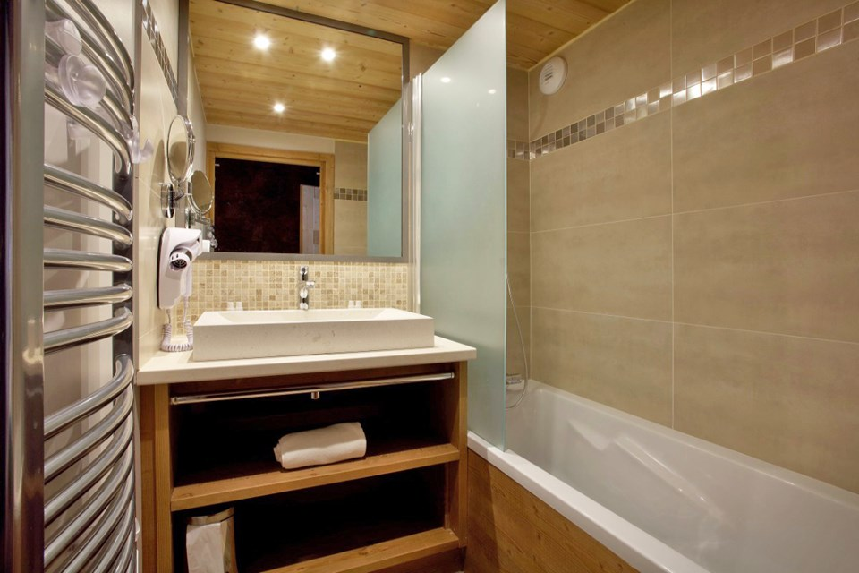 La Source des Arcs, Arcs 2000 (self catered apartments) - Bathroom