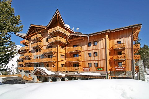 Chalet de l'Ours, Arc 2000 (self catered apartments)