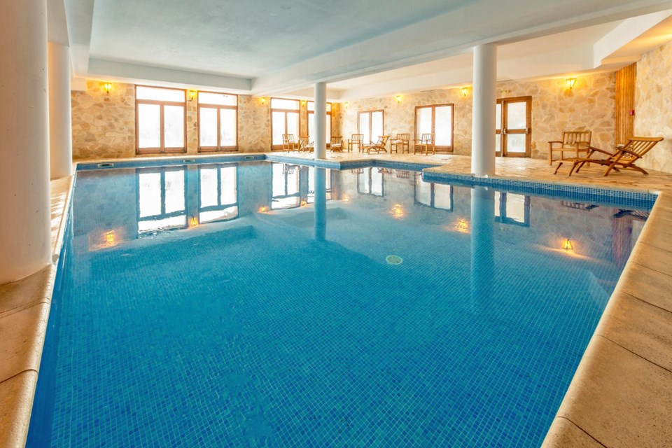 Chalet de l'Ours, Arc 2000 (self catered apartments)  - Indoor Pool