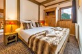 Chalet de l'Ours, Arc 2000 (self catered apartments) - Double Bedroom