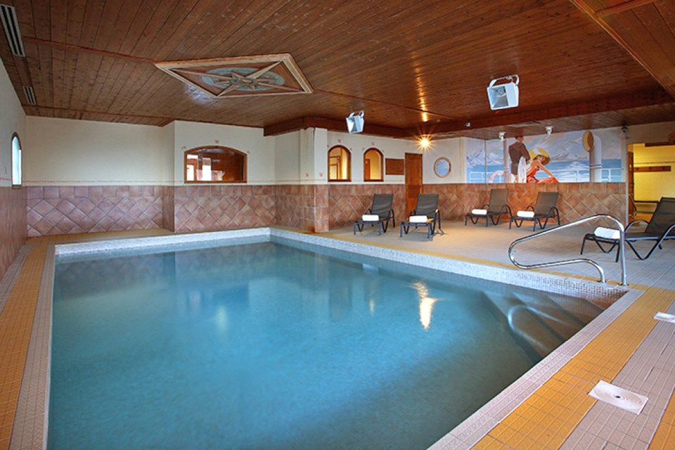 Chalet des Neiges Plein Sud, Val Thorens (self catered apartments) - Indoor Pool at Chalet des Neiges Hermine