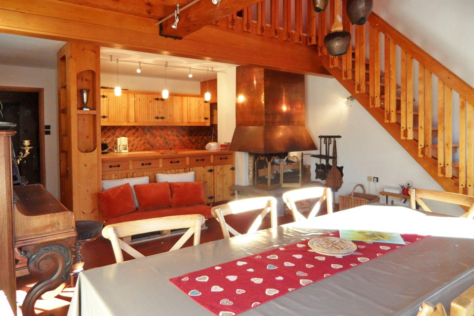 Le Lac Noir, Meribel (self catered apartment) - Apartment