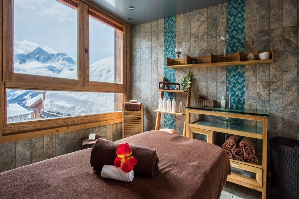 Les Cimes Blanches, La Rosiere (self catered apartments) - Spa