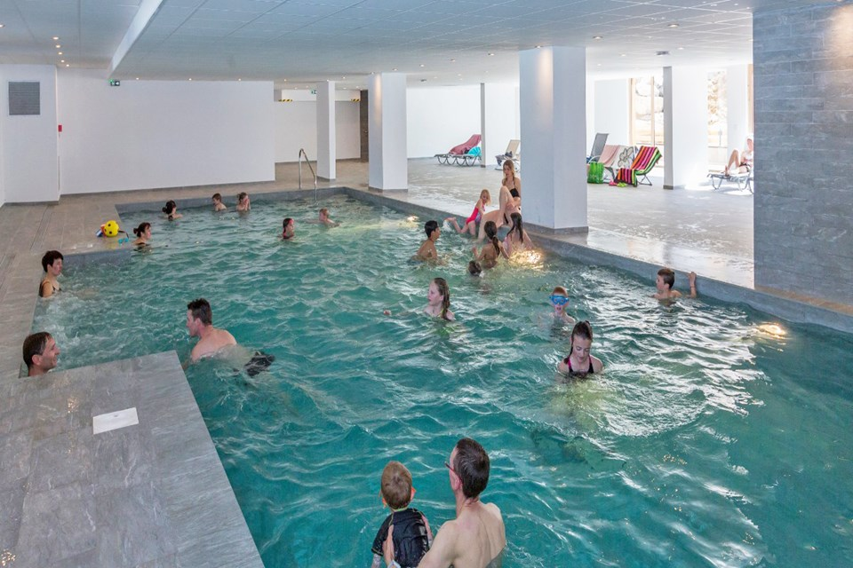 Front de Neige, La Plagne (self catered apatments) OPT - Indoor Pool