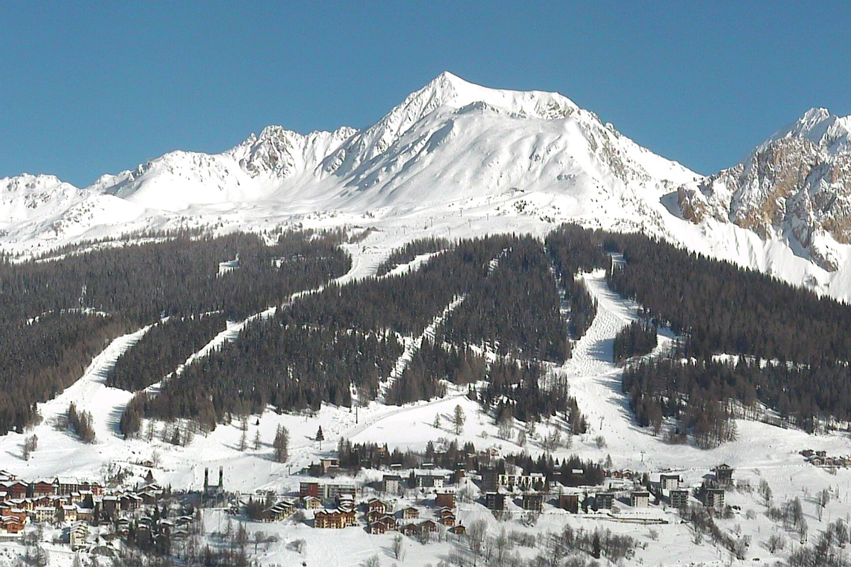 Peisey Vallandry from the Vanoise Express webcam on 13th February 2018 in the afternoon