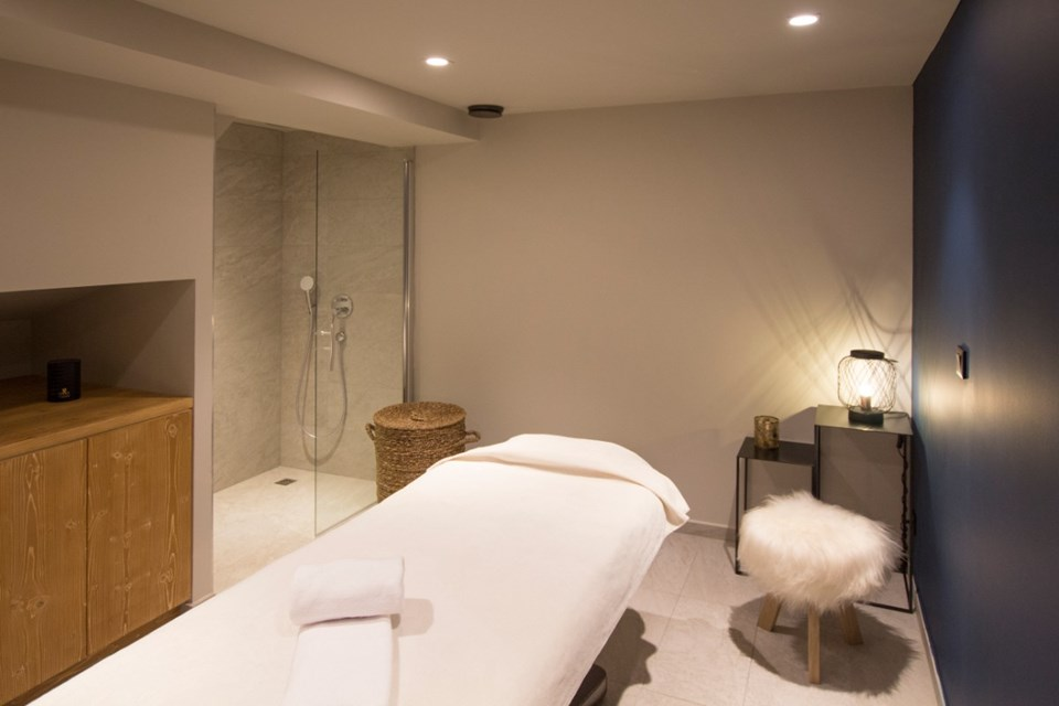 Avancher, Val d'Isere (self catered apartments & hotel) - Treatment room
