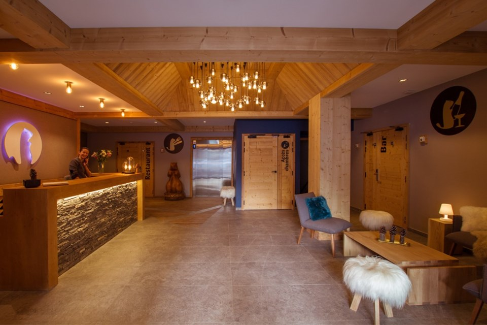Avancher, Val d'Isere (self catered apartments & hotel) - Reception