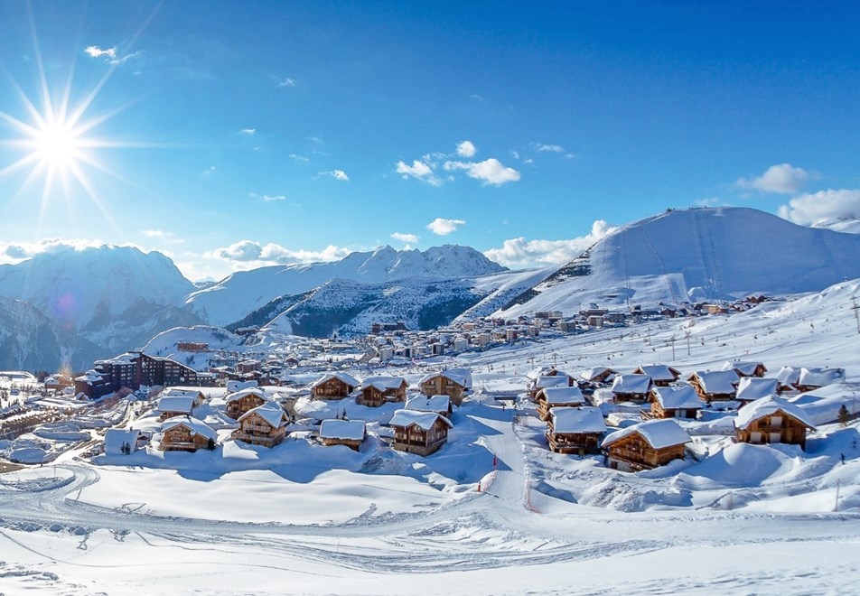 Alpe d'Huez Ski Resort (©Laurent-Salino)