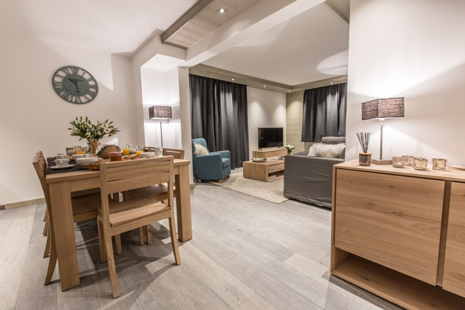 Whistler Lodge, Courchevel Moriond (self catered apartments) - 4 bed 8