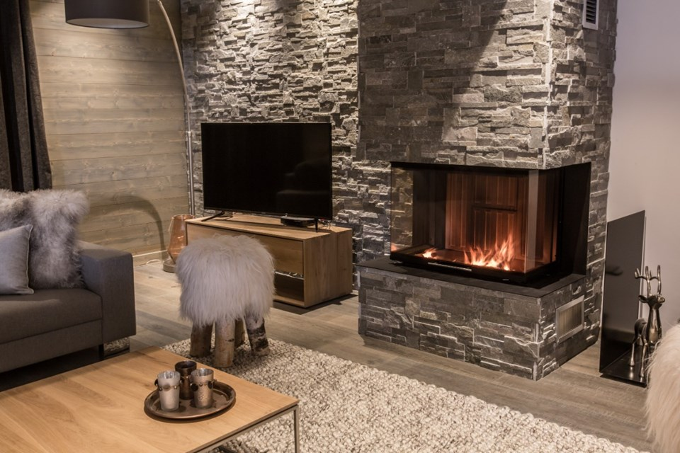 Whistler Lodge, Courchevel Moriond (self catered apartments) - 5 bed penthouse 11
