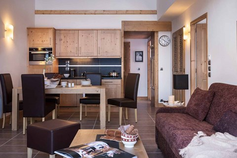 Lodge des Neiges Tignes 1800 living area and kitchen