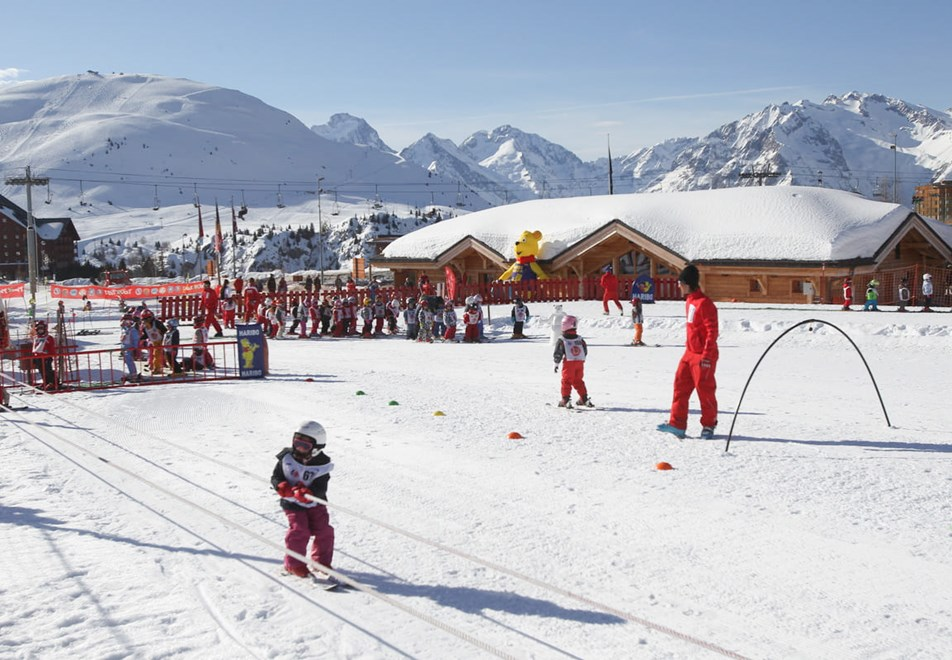 Arc 2000 Ski Resort - Childrens ESF ski lessons