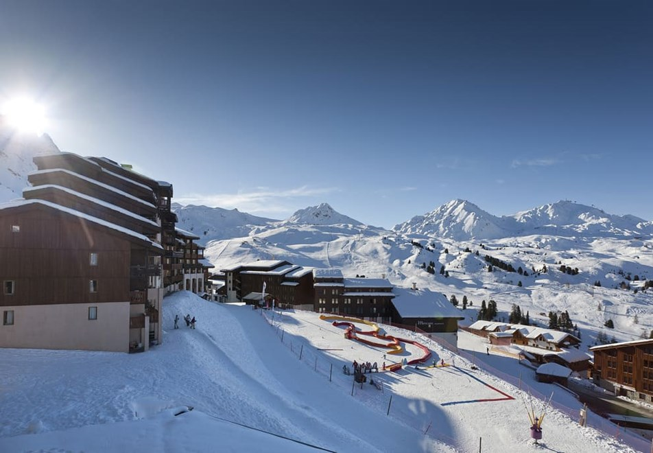 Belle Plagne Ski Resort (©MMV)