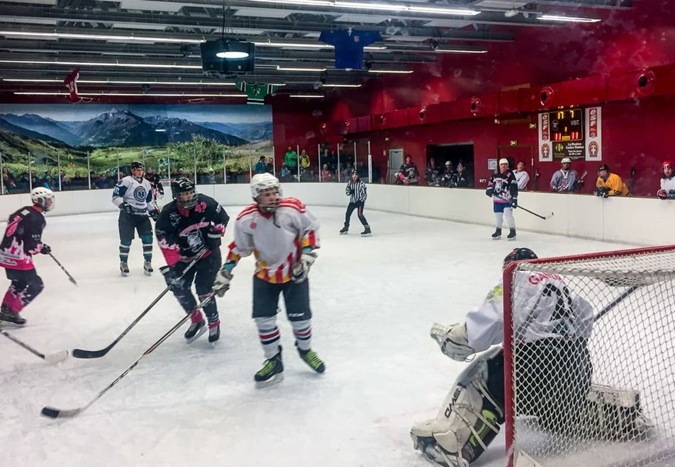 La Rosiere Resort (©RogerMoss) - Ice hockey match